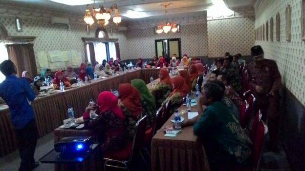 lokakarya perempuan dan pembaharuan desa di Banjarnegara