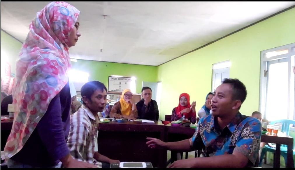 Permainan Peran dalam Sekolah Perempuan