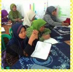 Perempuan terlibat dan aktif mengikuti proses Musdes.