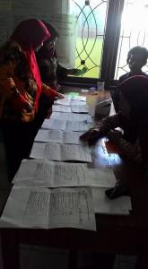 Proses contoh rekap hasil survei perbaikan layanan publik dasar desa Gumelem Kulon.