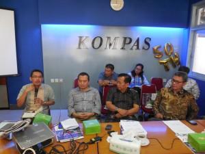 Diskusi Dana Desa Kompas-Infest