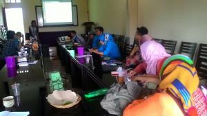 Percepat Pertukaran Informasi, Desa Tunjungtirto Berlatih Aplikasi SMS Gateway